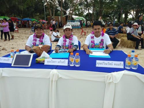 สำนักงานการท่องเที่ยวและกีฬาจังหวัดชุมพรเข้าร่วมเป็นกรรมการตัดสินการทำอาหาร  ณ หาดแหลมแท่น อำเภอปะทิว จังหวัดชุมพร