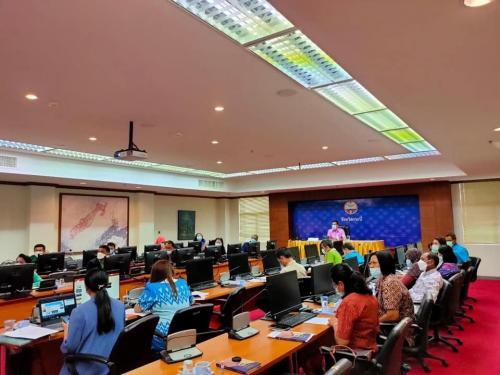 เข้าร่วมประชุมกลไกขับเคลื่อนการพัฒนาเศรษฐกิจฐานรากและประชารัฐ (E3)