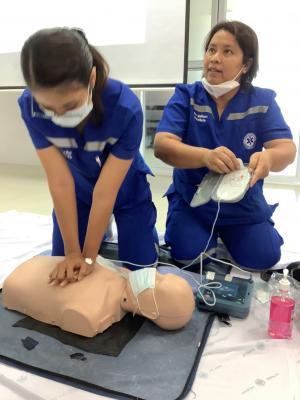 โครงการอบรมการช่วยชีวิตขั้นพื้นฐานด้วยการทำ CPR และการใช้เครื่องกระตุกหัวใจไฟฟ้าอัตโนมัติ (AED)
